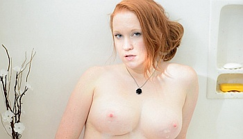 Naked Lucy OHara Pictures