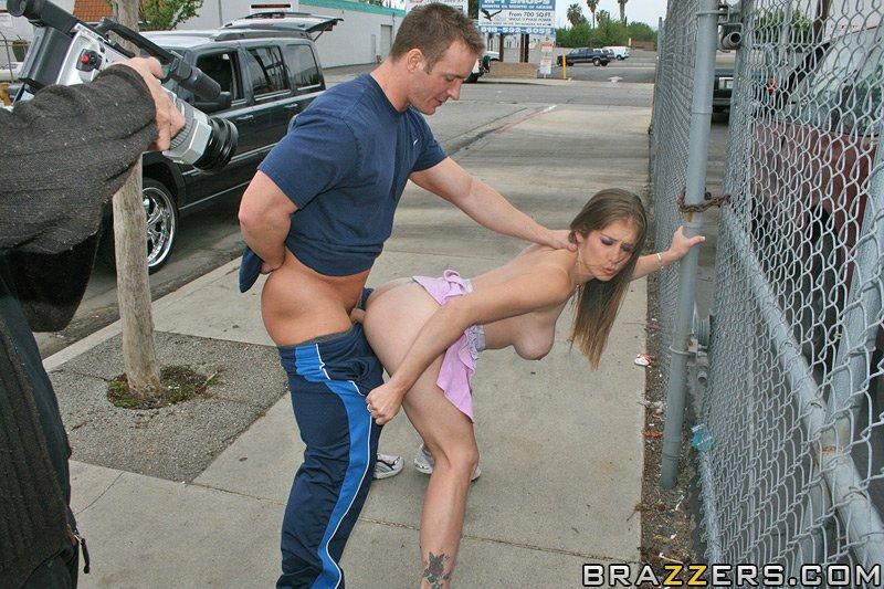 секс на улице фотки