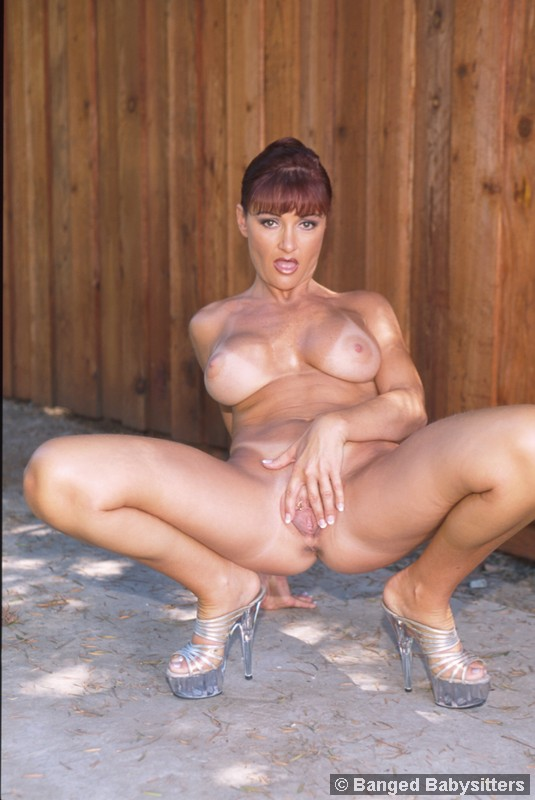 Damn Hot Teen Babysitter 51