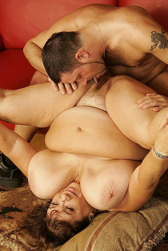 Plump busty women nude gif