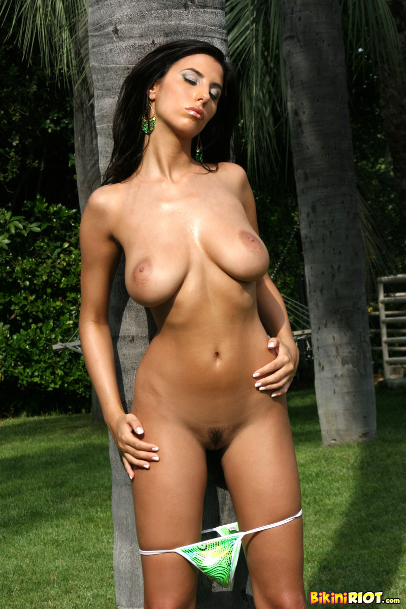 Mexican lesbians fully naked