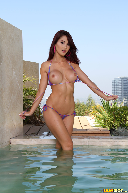 amature bikini tease over the