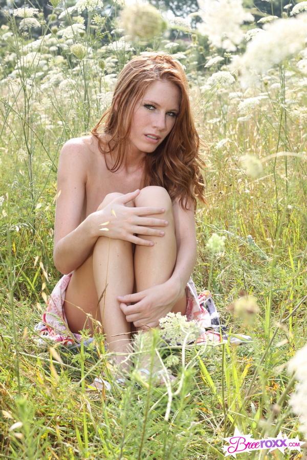 Bree Roxx - Bree Roxx Nude Outdoors at AmateurIndex.com