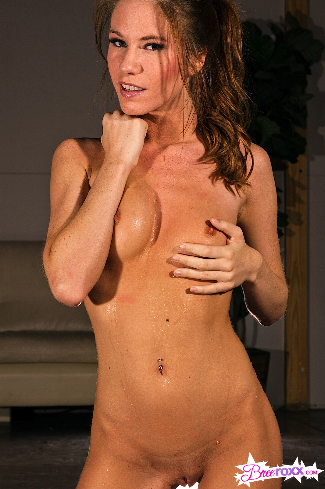 Bree Ro Nude Workout