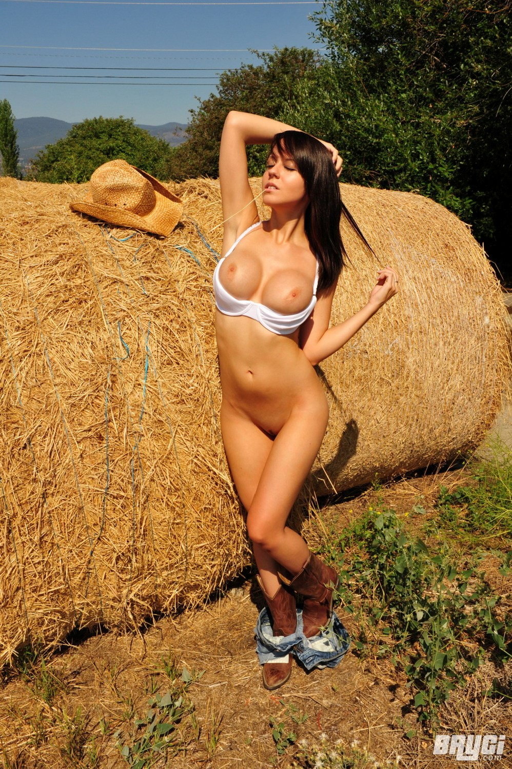 Bryci Naked Cowgirl