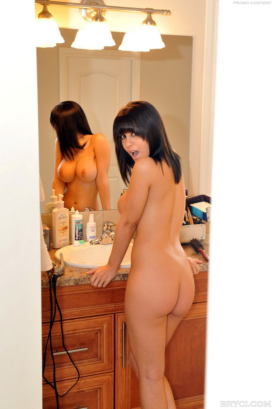 Naked pictures of surprise women nude