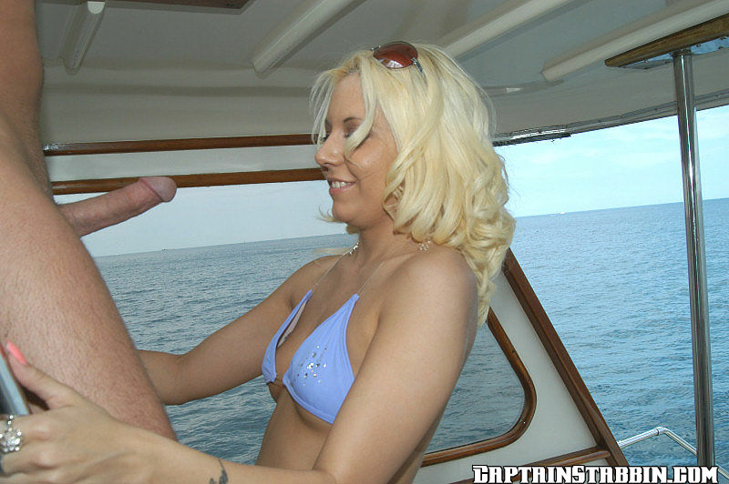 ... Stabbin - The Captain does some anal stabbin at AmateurIndex.com: www.amateurindex.com/galleries/captain-stabbin/the-captain-does...