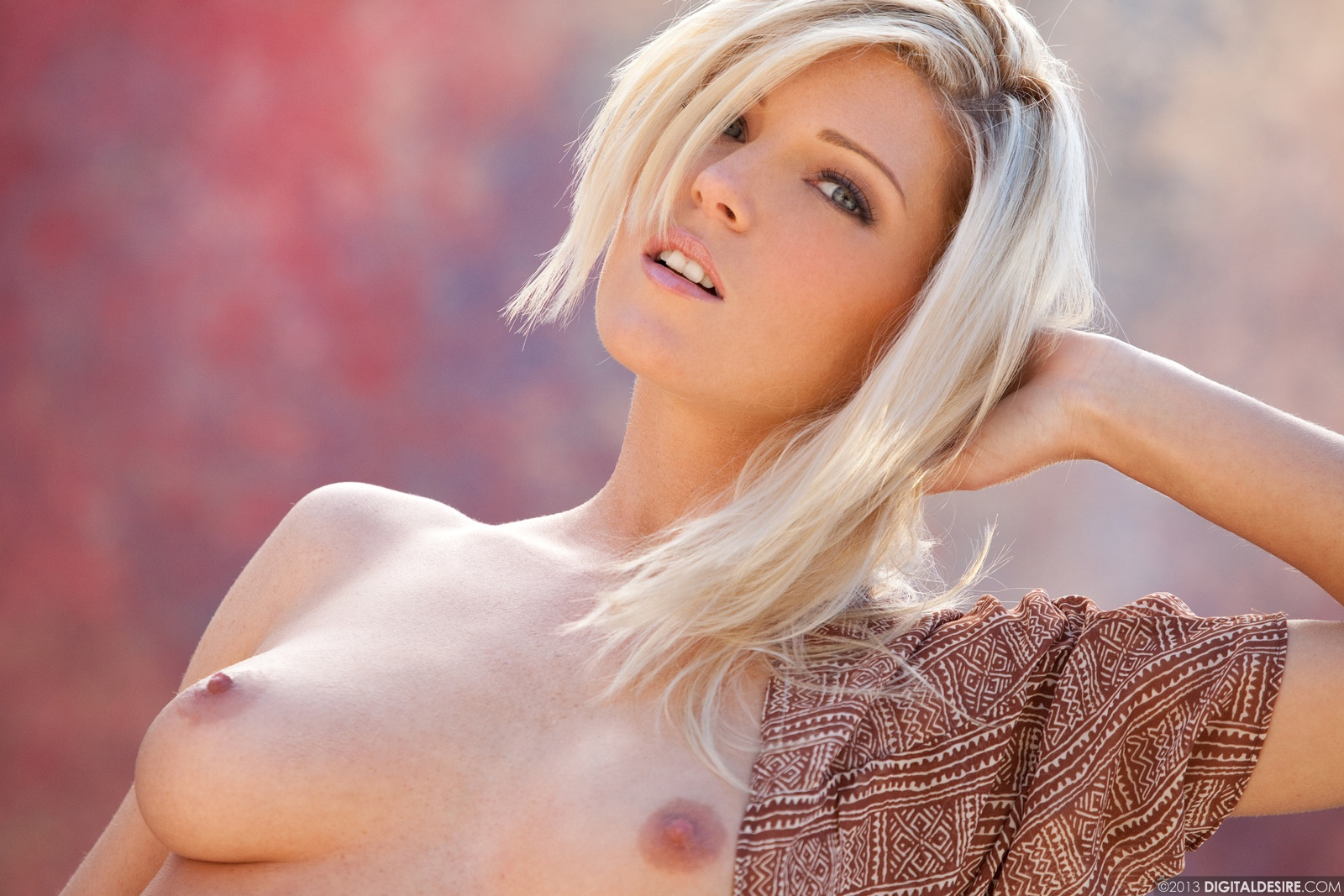 desire nipple Digital blonde
