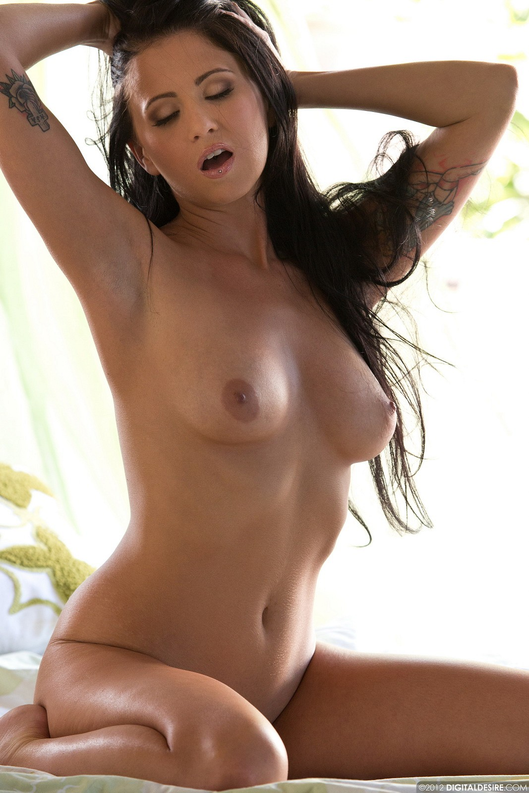Long haired brunette bends for a fierce throbbing 7