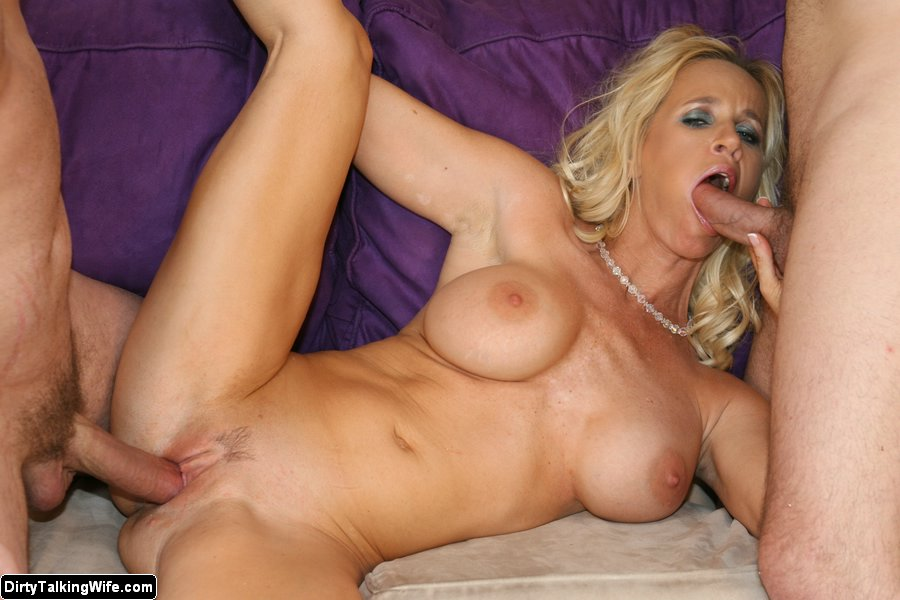 Amateur milf talking