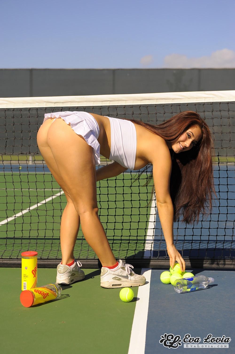 Free hotties latino model nude pic