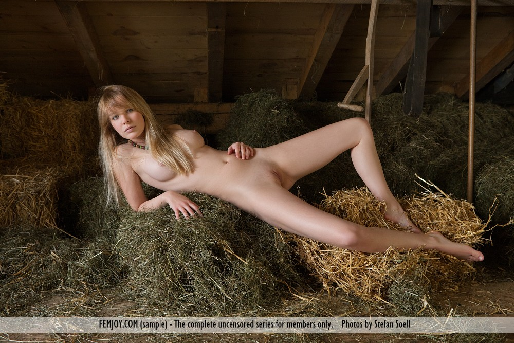 Barn Yard Sex With Women