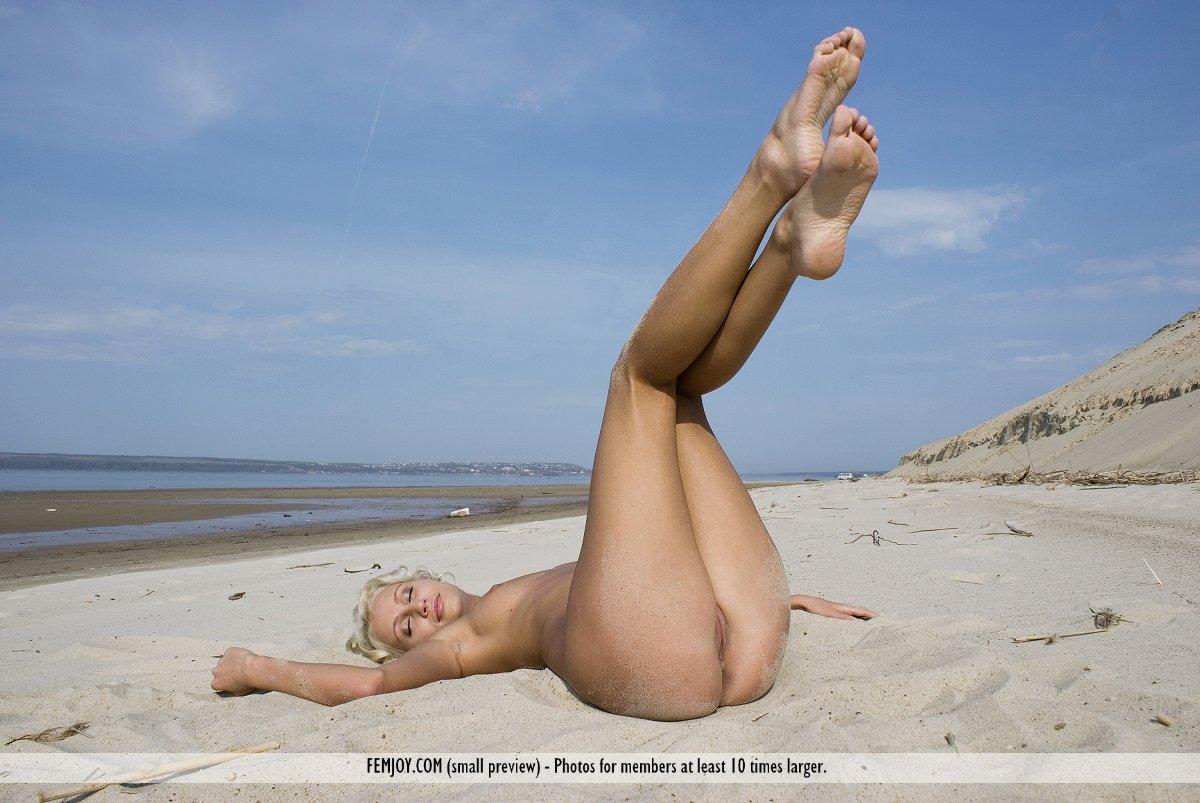 babe beach sexy vids