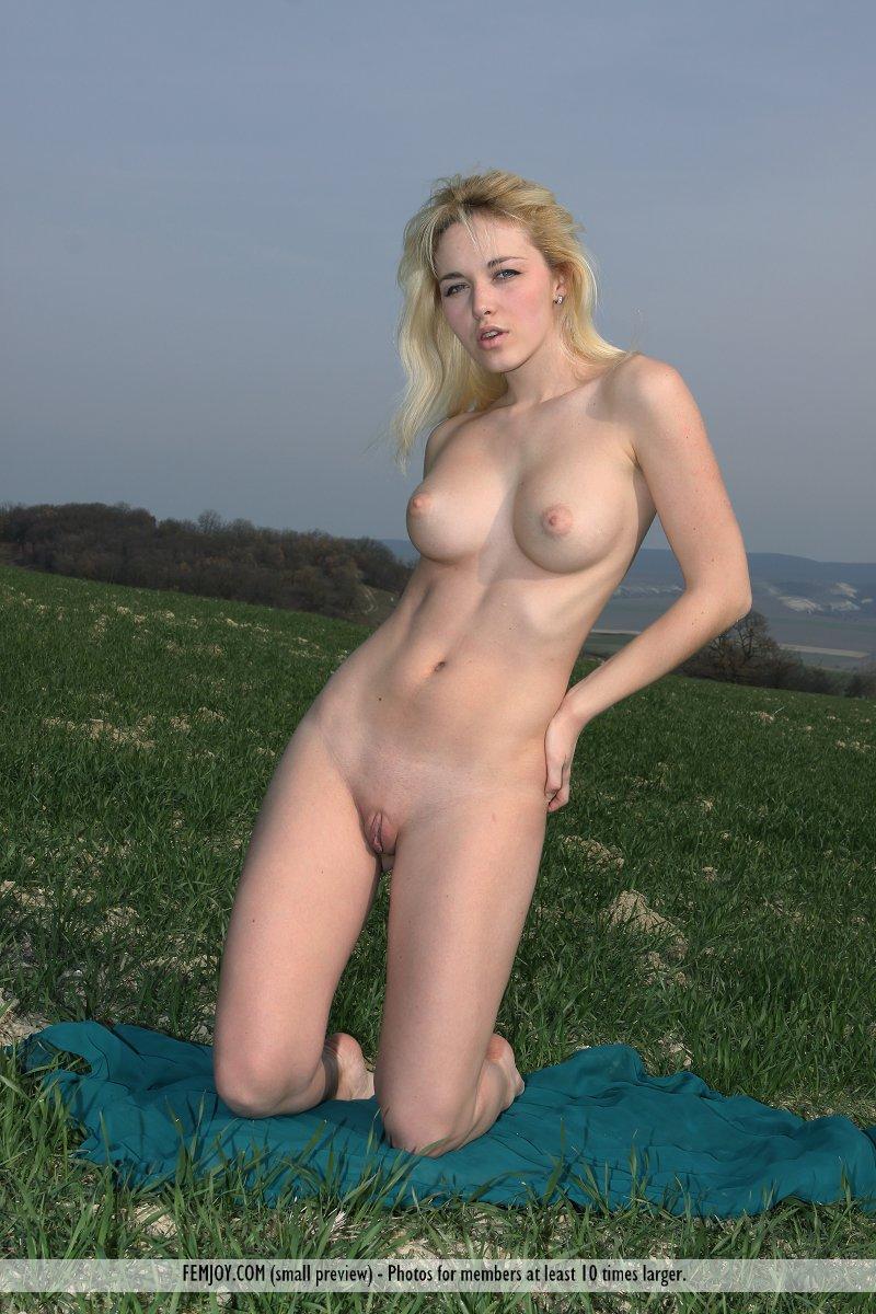 Femjoy blonde nude outdoors