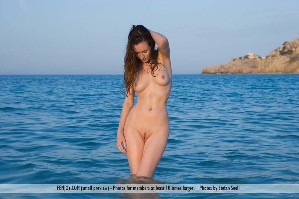 Beach XXX Videos - Naked beach
