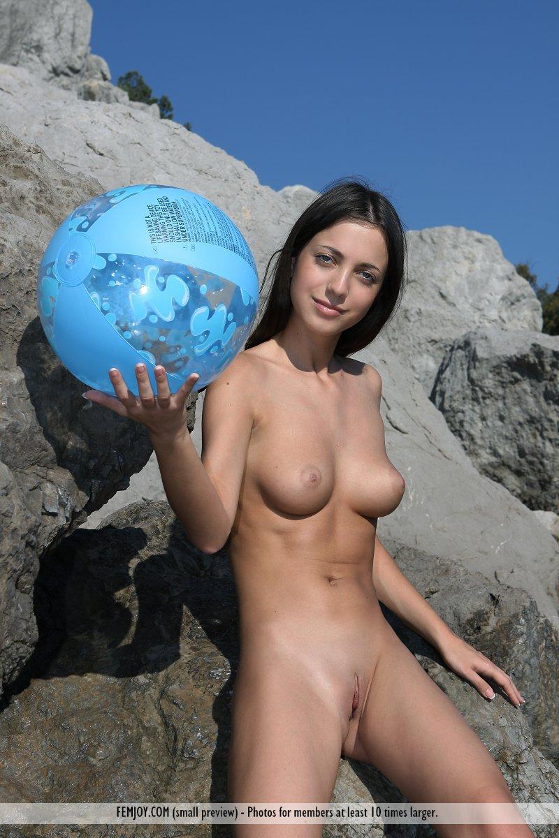 Nude Celeb Gallaries