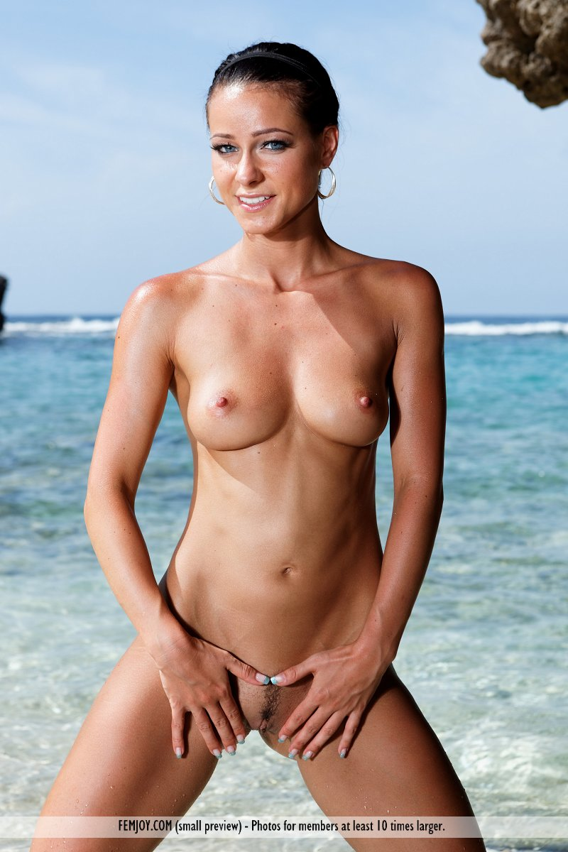 Naked pictures of aussie beach babes remarkable