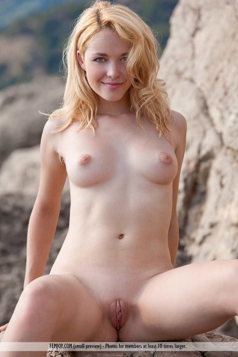 Blond girl naked