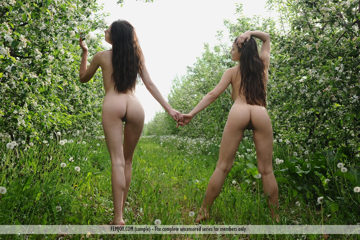 Are mistaken. Nude lesbians outdoors
