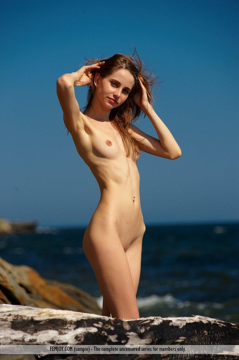 imgchilli nude model