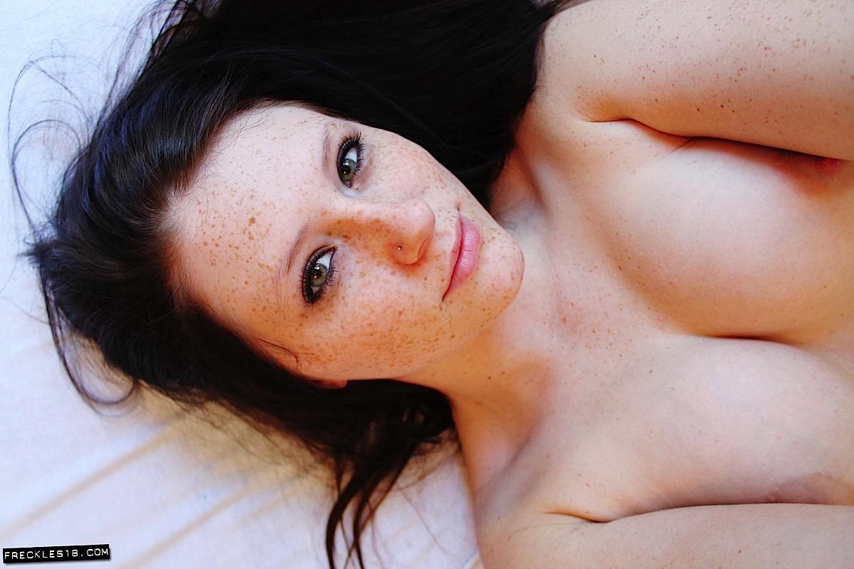 video female bodybuilder huge clitoris