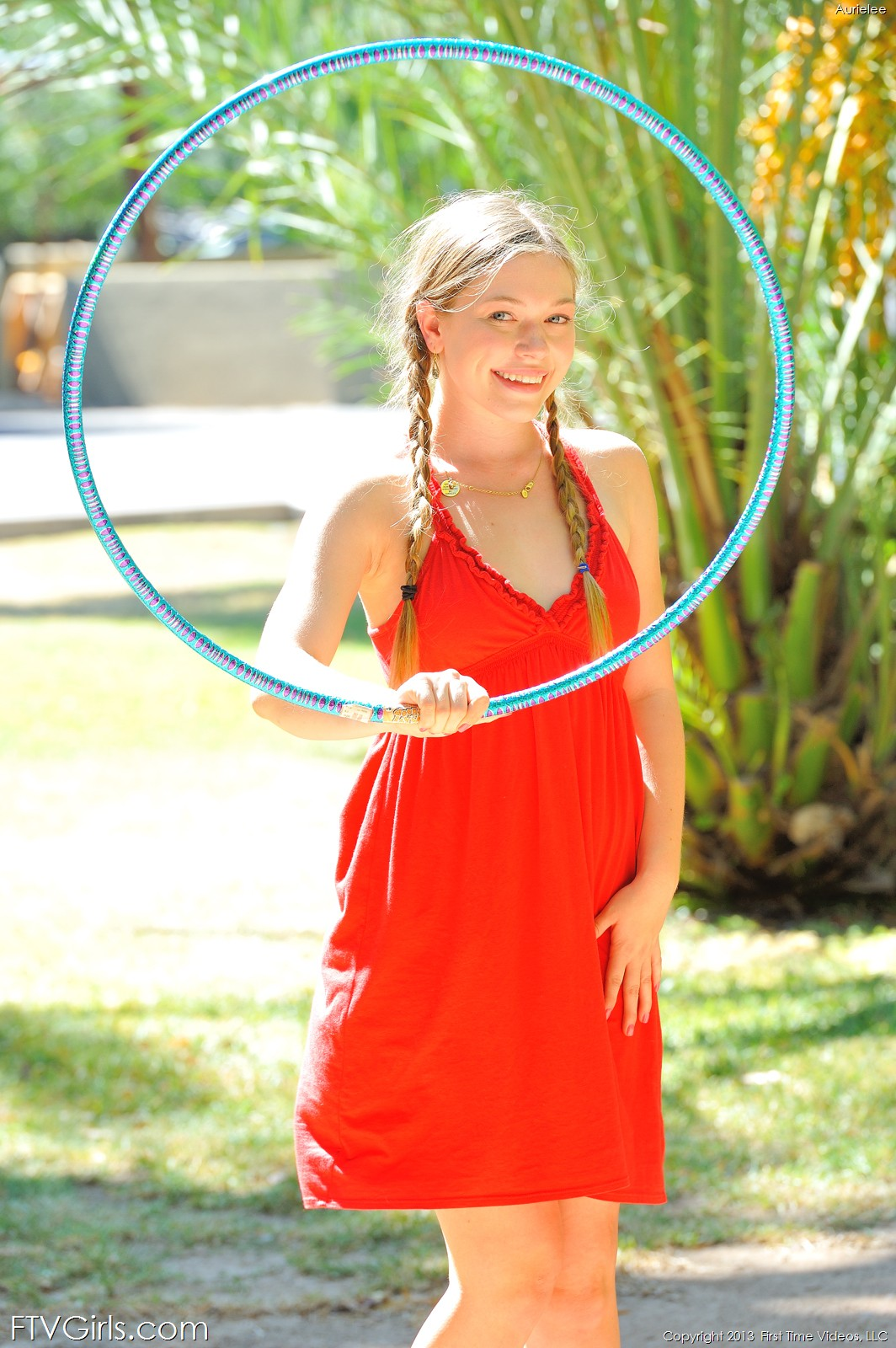 Ftv Girls Naked Hula Hoop