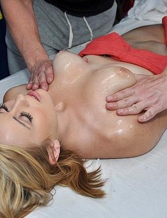 amateur porn massage 9 Amateur cheerleader screwed. 03:06 1 year ago Porner Bros