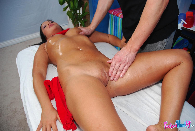 Смотреть секс с аппетитной дамой 3 фотография