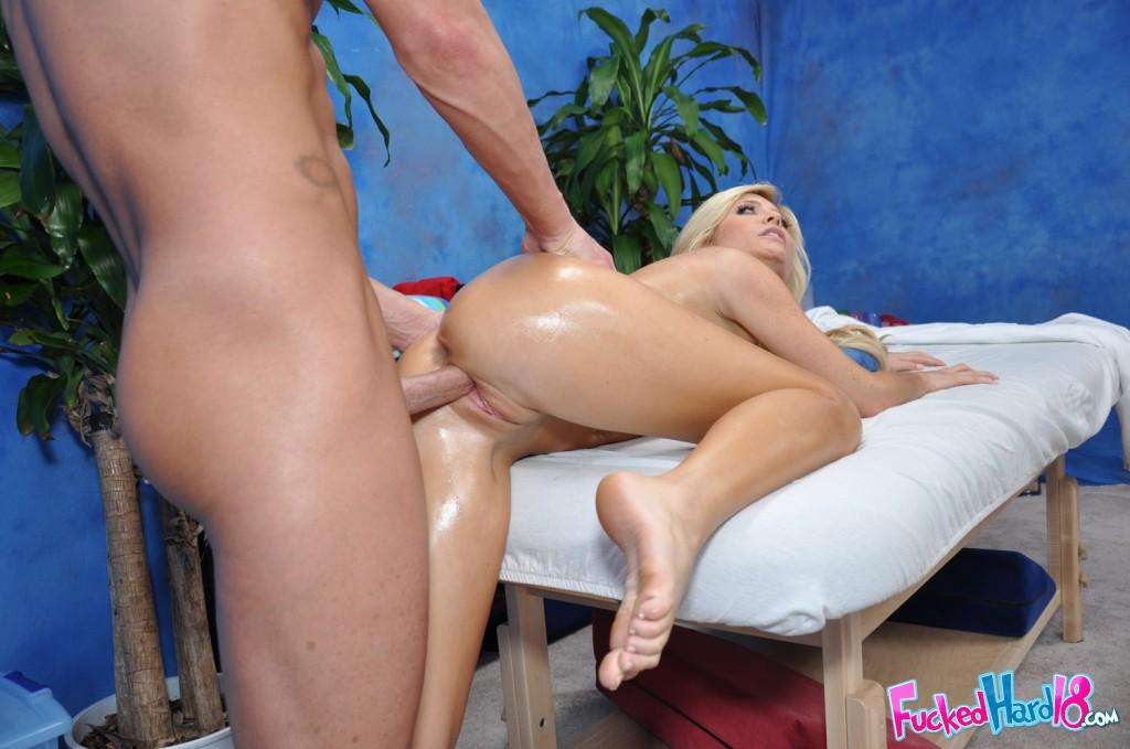 Blonde Hottie Tasha Reign Massage Fucked - Free Porn