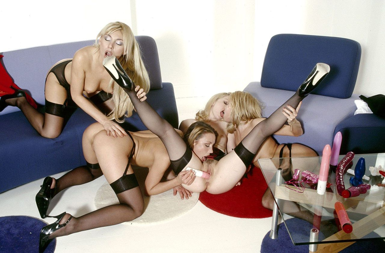 Blonde party sluts going crazy in orgy - Tube8com