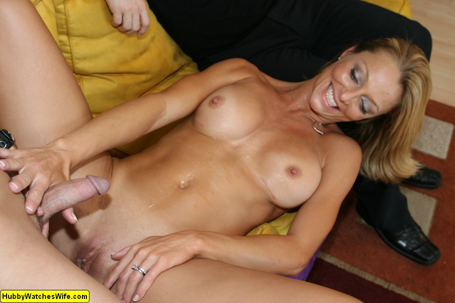 White Wife Gets Black Creampie