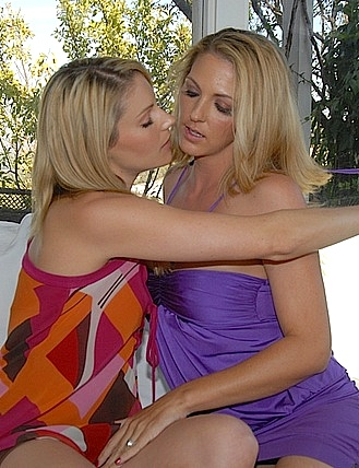 INES: Naughty milf lesbians
