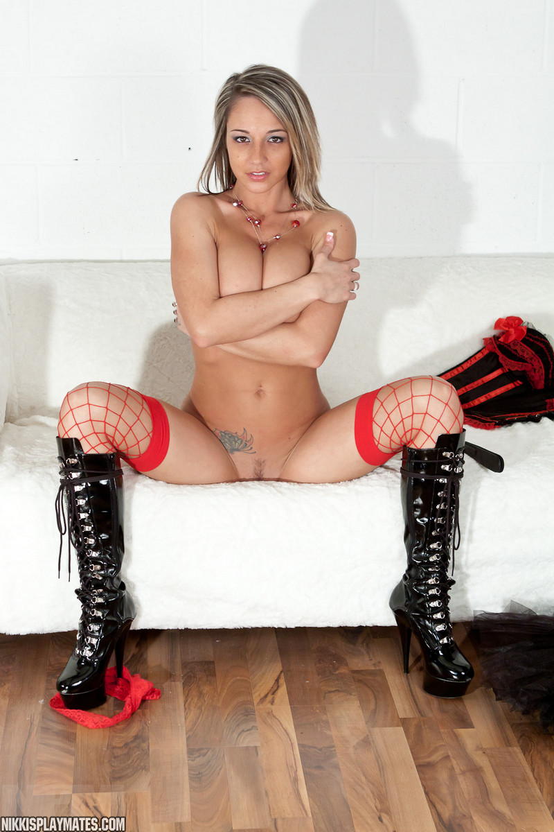 Nikki sims nude boots fucks pictures