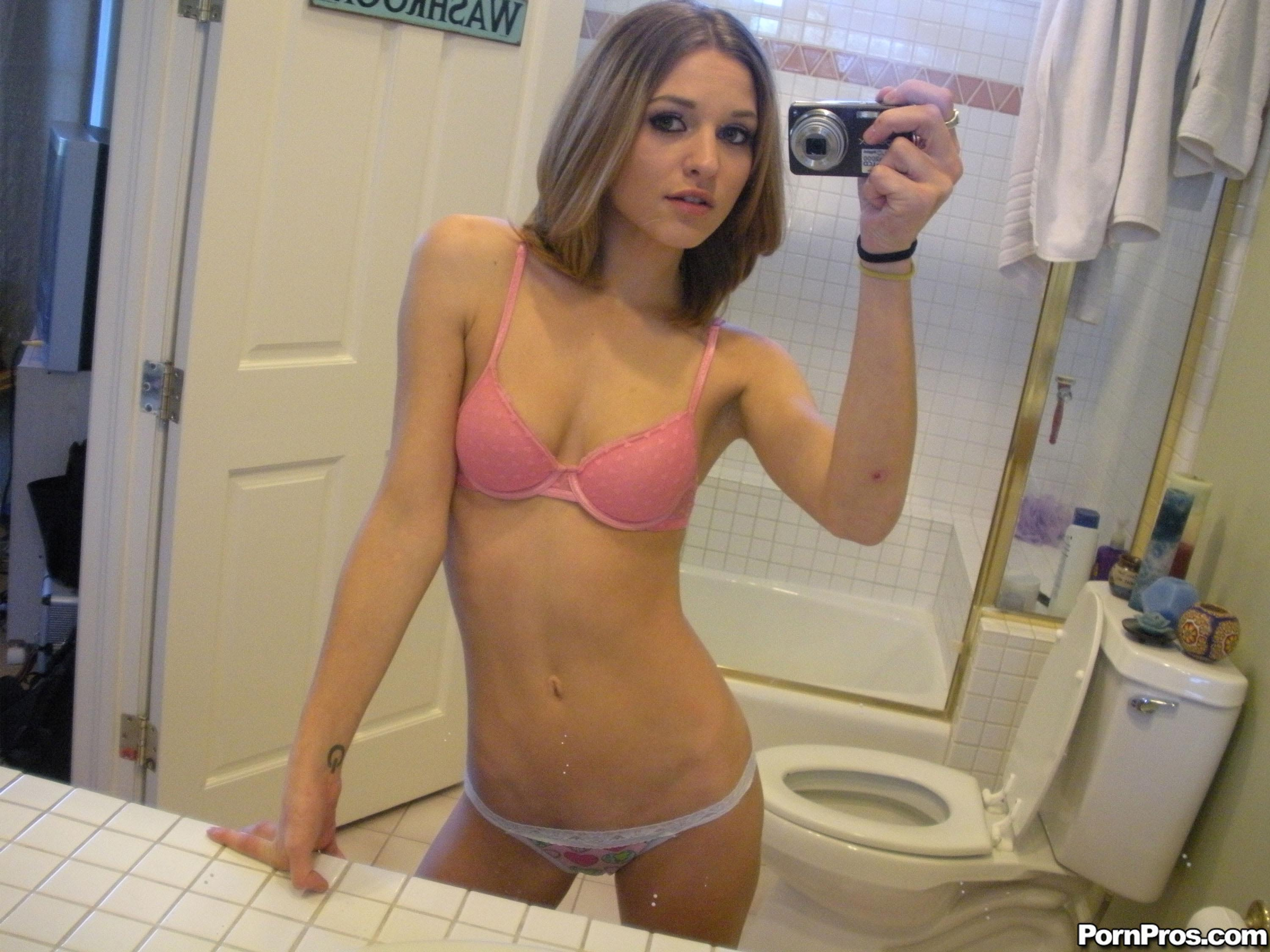 Girlfriend Porn Pics, Naked GF Galleries -