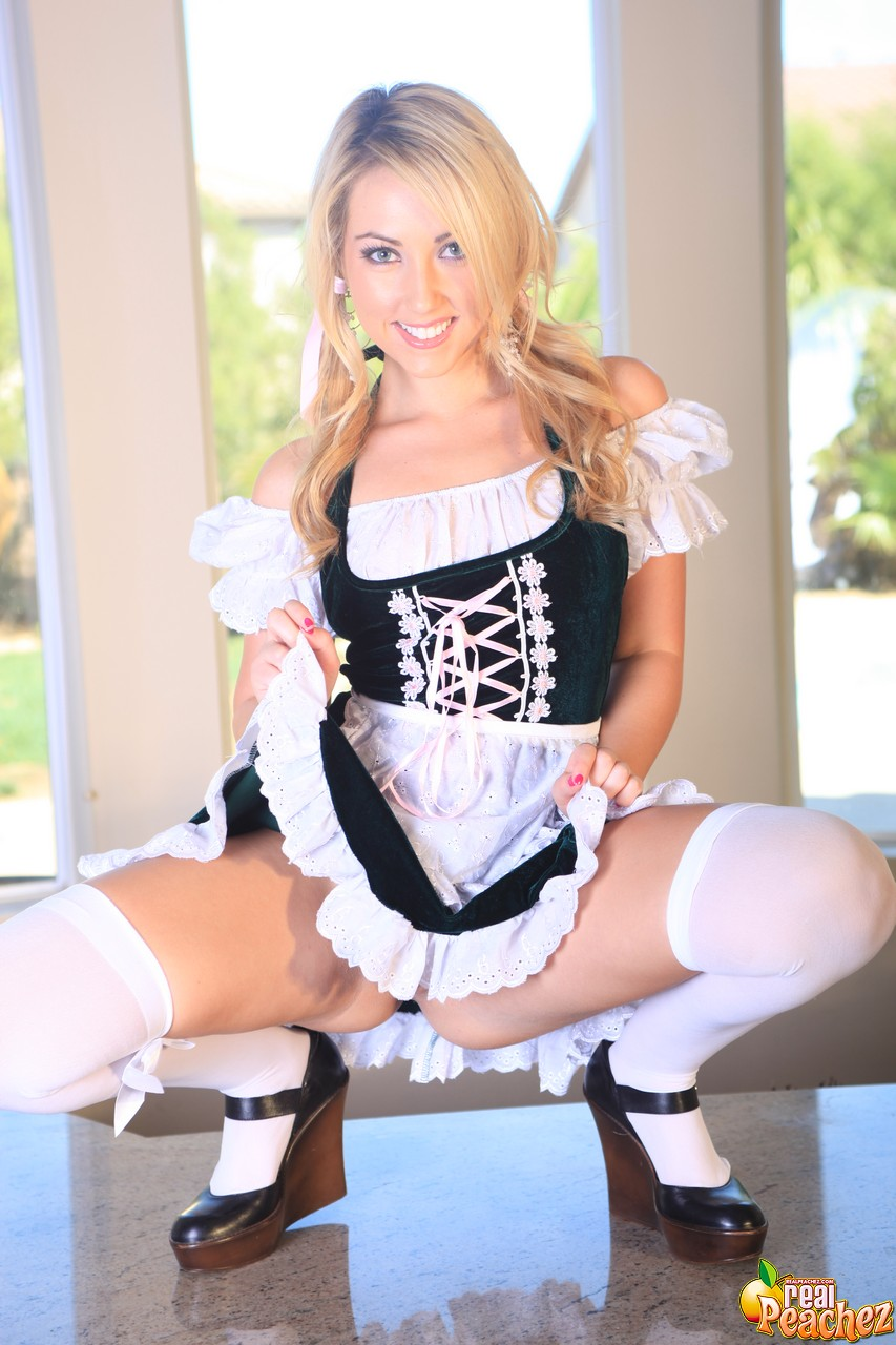 Beer Maid Porn 120