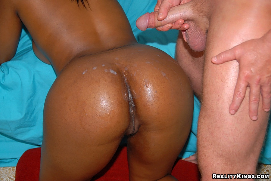 White Girl Gets Black Dick