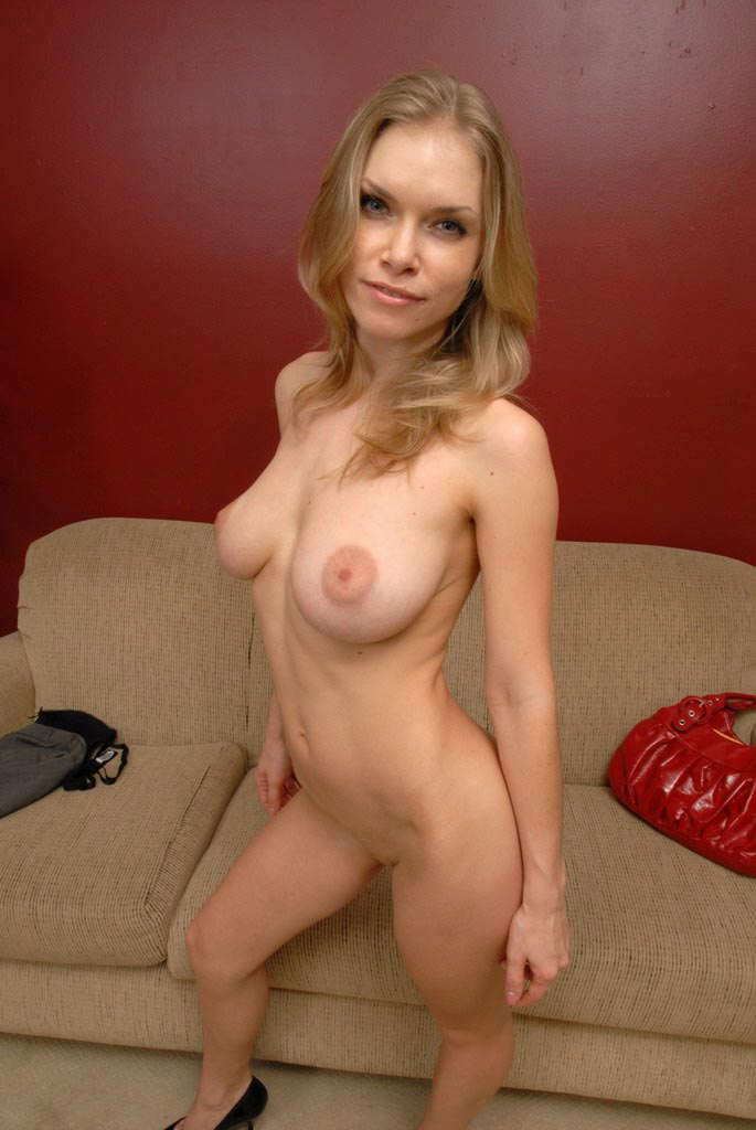 sexy strip milf sexy