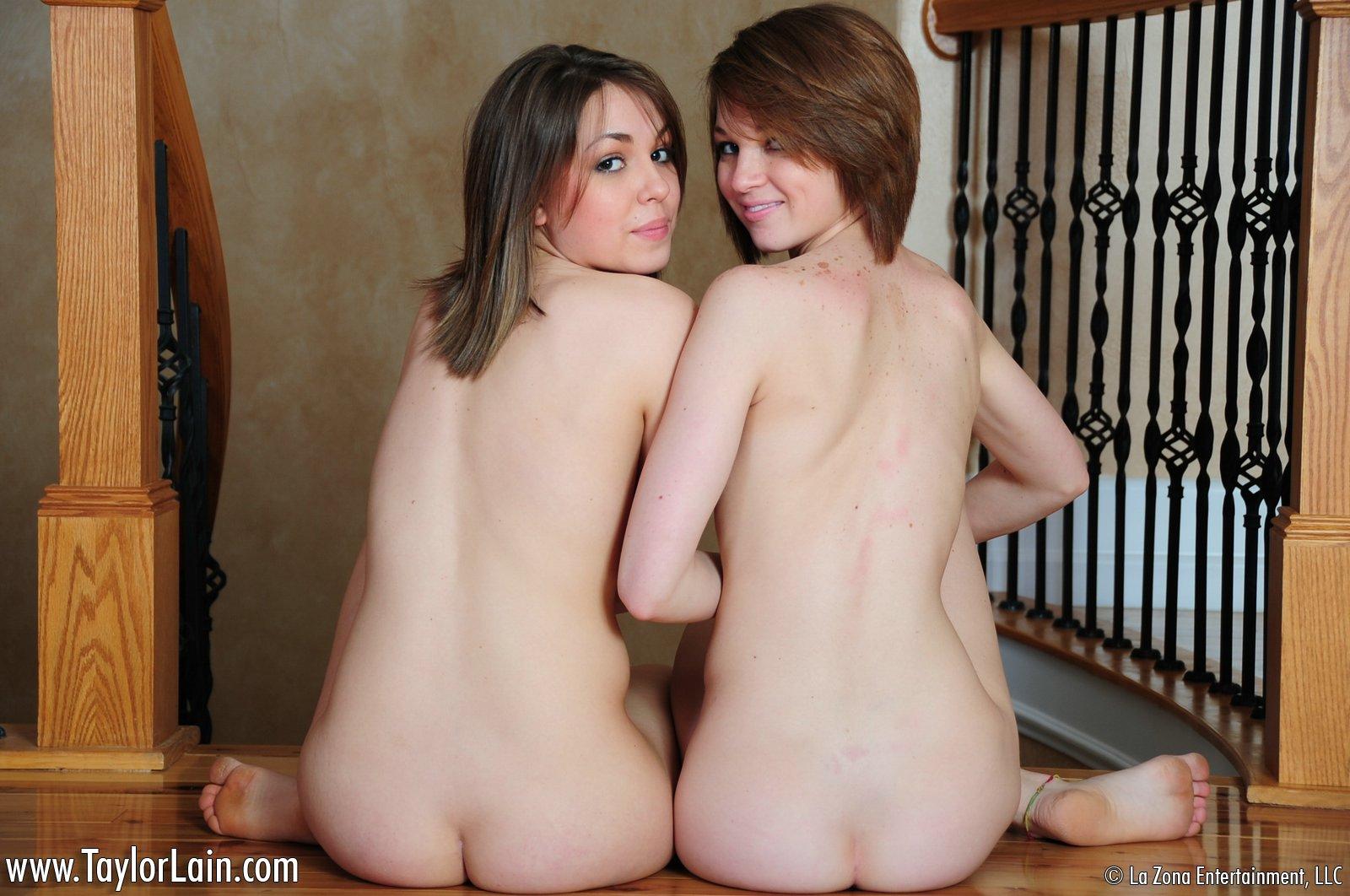 Oln twins nude