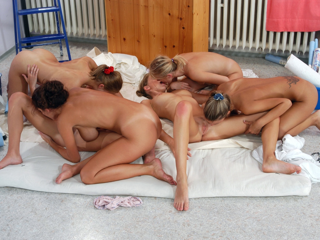 videos lesbian groupsex recent.