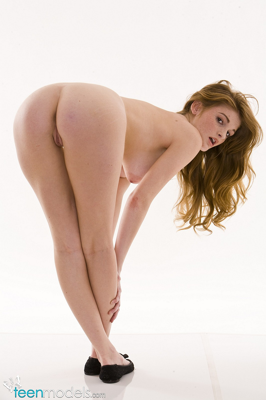 Footjob Cute Red Hair Naked