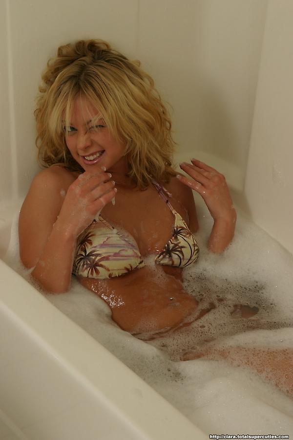 nude coed girls taking baths