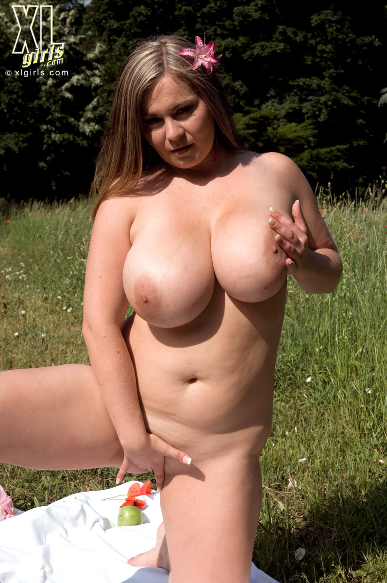 hot chunky chicks nude