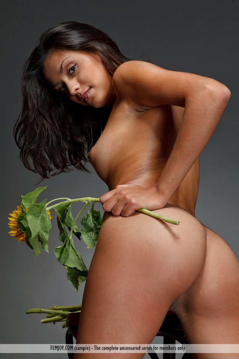 Hot naked hawaiian women