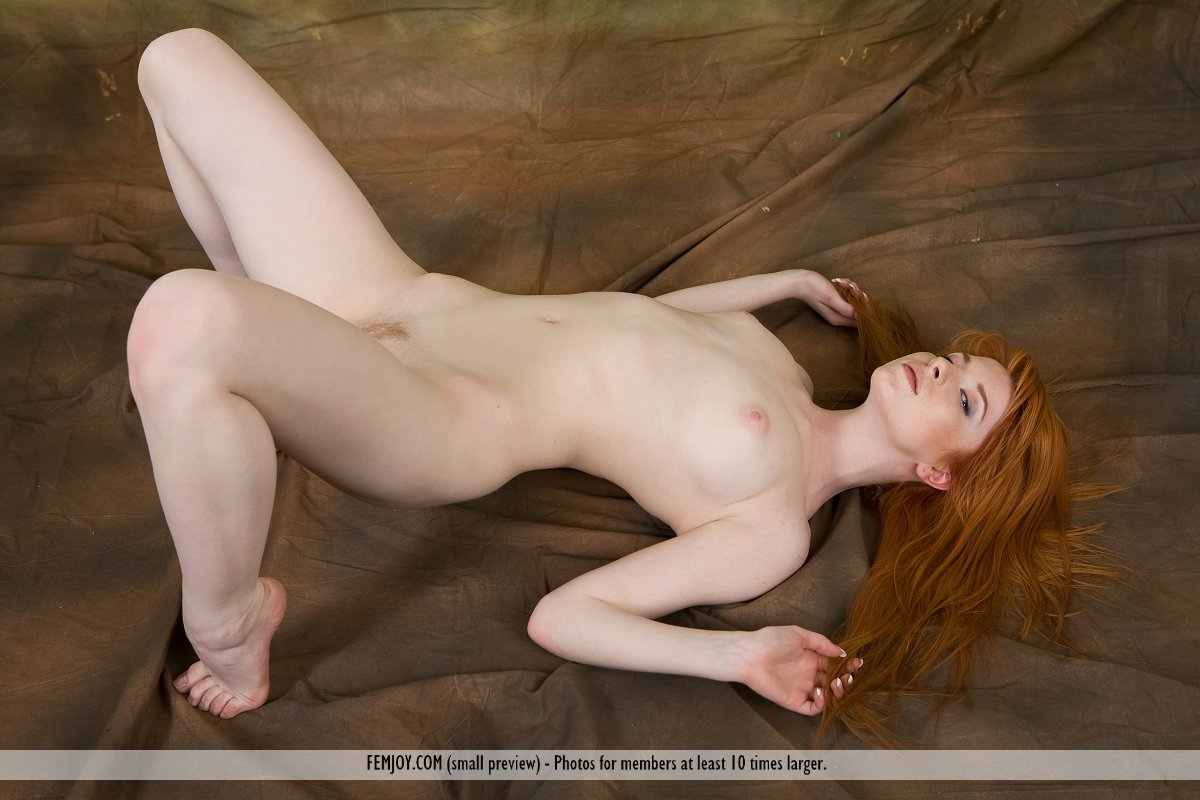 hot pale nude redheads