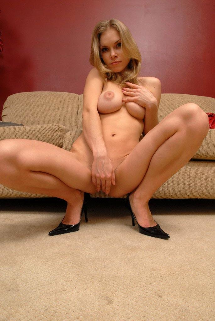 Amature stripper porn
